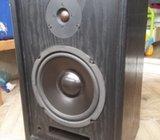 Zvučne kutije Acoustech Labs