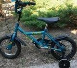 Dječja bicikla s pomoćnim kotačima, kao nova!!!