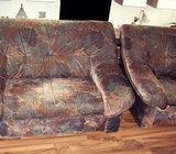 trosjed dvosjed i fotelja u kompletu za dnevni boravak