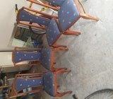 prodajem stolić, madrac, frižider sa skrinjom, 4 stolice i radijator