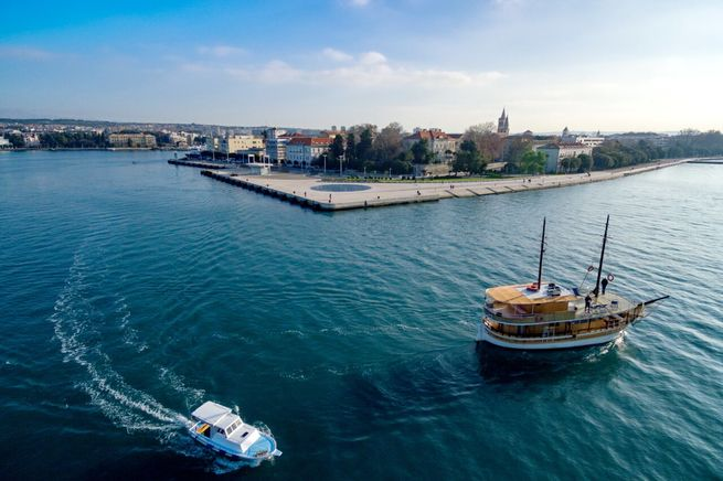 Brod za nautički turizam