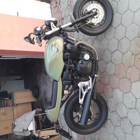 Suzuki gsx 500 cafe racer