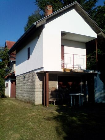 Aljmaš, Mišino brdo - prodajem vikendicu, pomoćnu zgradu i voćnjak